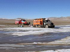 mired trucks at Stop 6 on 4784 m