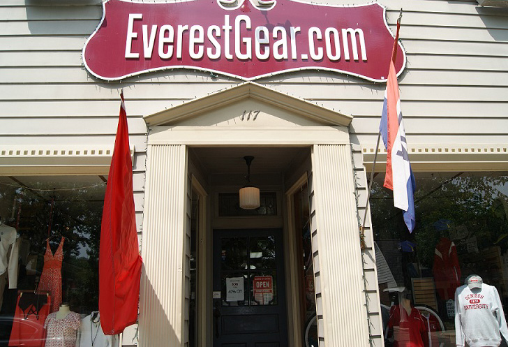 Everest Gear Granville